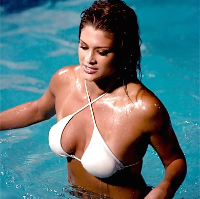 nude-pics-of-the-eve-torres-bra
